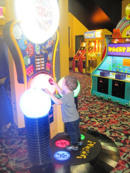 arcade at great wolf lodge_1.jpg