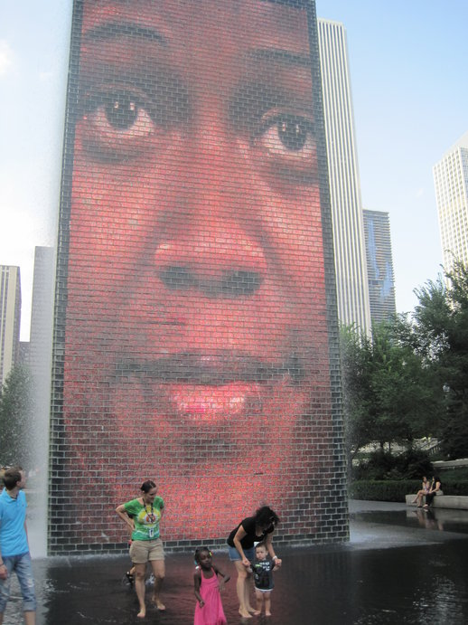 Chicago Crown Fountain at Millennium Park.jpg