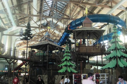 Great Wolf Lodge water park.jpg