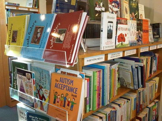 parentbooks_on_harbord2.jpg